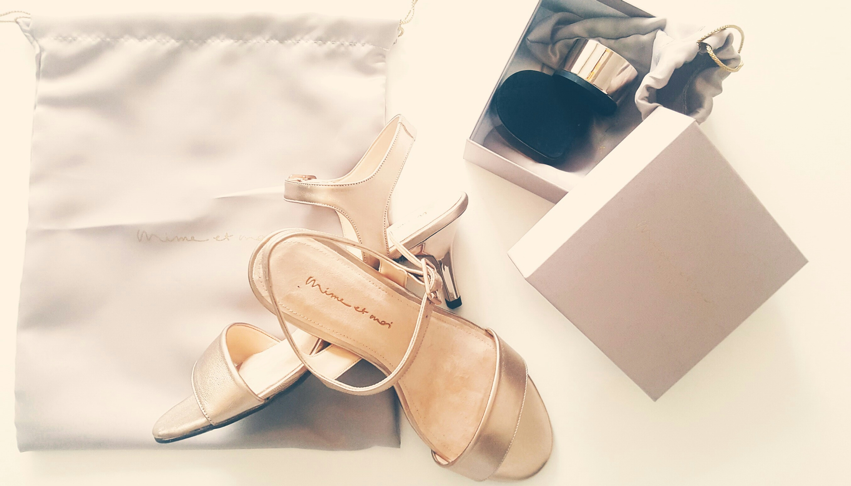 Lieferumfang Schuhe Mime et moi mit dem charakteristischen Wechselabsatz
